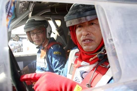 专业赛车手卢宁军谈双龙爱腾