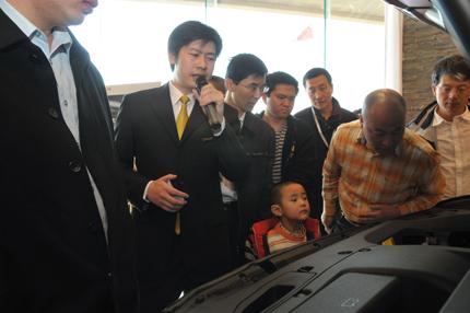 ...RX家族的第一代车型RX300在美国问世至今,LEXUS雷克萨斯...