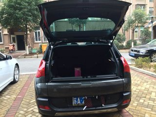 2011款标致3008(进口) 1.6T 自动豪华型 5座