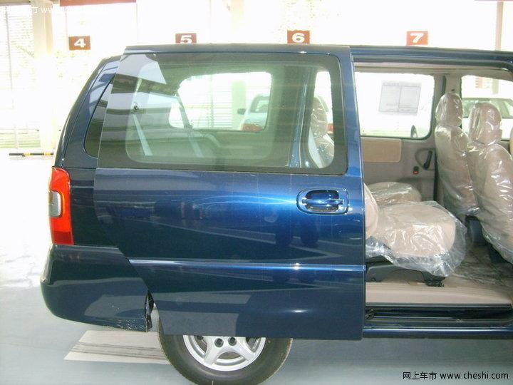 别克 GL8 汽车图片壁纸-别克 GL8 内饰图片 88高清图片
