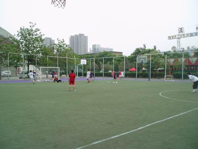 企业足球比赛新闻稿广发证券 上海市企业足球超级杯小组第...